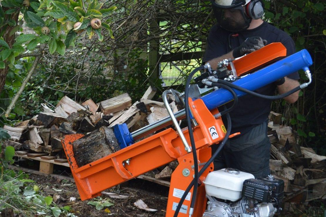 Log splitting equipment for hire